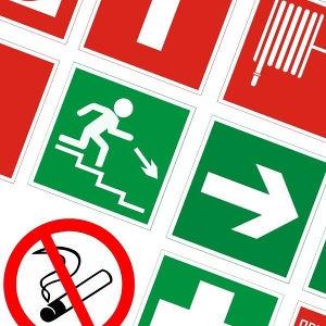 Пожарное оборудование: Знаки Пожарной Безопасности (пластик)